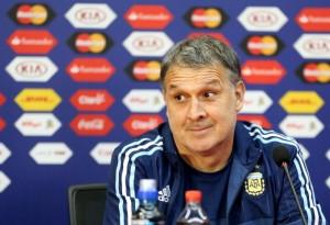 Martino confirmó a Romero para enfrentar a Paraguay y está casi definido el equipo