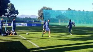 A puertas abiertas, la Selección se entrena pensando en Uruguay