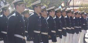 Los cadetes del Liceo Storni juraron a la bandera