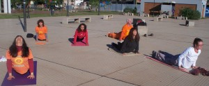 Comenzó la Semana de Yoga gratis en la Costanera
