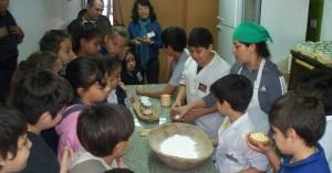 El museo Guacurarí reactivó la Cocina Regional para escuelas y delegaciones de turistas