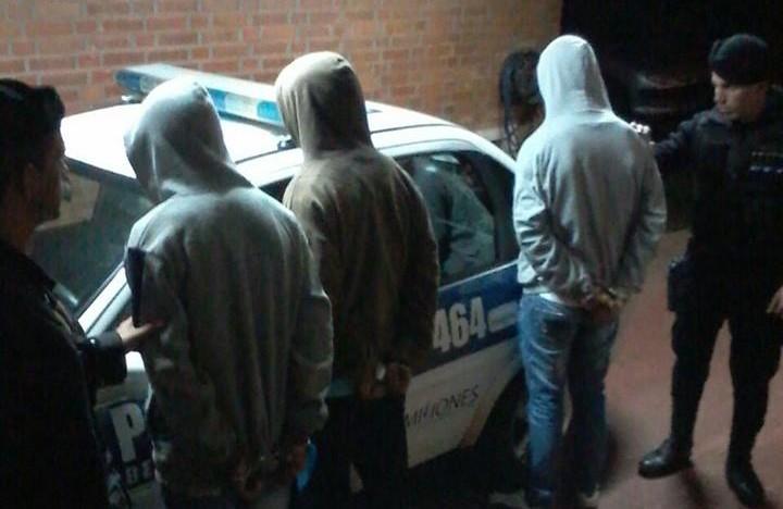 Casi 20 detenidos y 4 motos secuestradas en operativos policiales