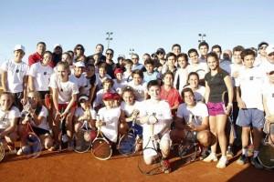 Jóvenes tenistas misioneros son evaluados en el CEPARD