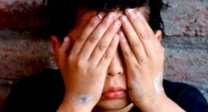 Denuncian que un nene de primer grado fue abusado por ocho alumnos mayores