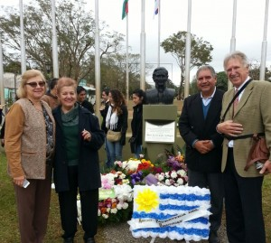 En Garupá descubrieron un busto en homenaje a José Gervasio Artigas