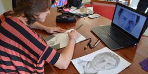 Macri llamó a una artista obereña que hizo un retrato suyo