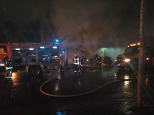 Incendio destruyó una juguetería en Iguazú