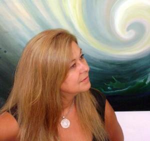 Irina Wan expone sus obras en la Universidad de la Cuenca del Plata