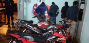 Motociclistas realizaban picadas y fueron detenidos en Itacaruaré