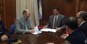 La Universidad Gastón Dachary y la Policía firmaron acuerdo de cooperación