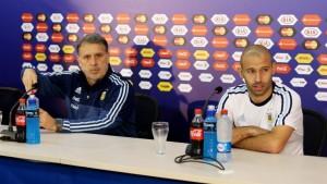"""Martino: """"Me preocupan más los árbitros que lo que hace el rival"""""""