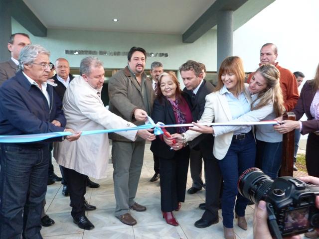Azara cuenta con un moderno Centro Cívico
