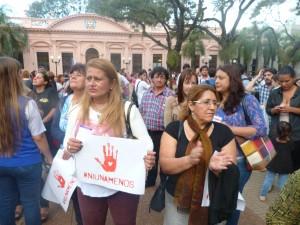 El #NiUnaMenos atronó en Misiones con una manifestación masiva