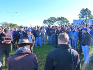 Yerbateros en asamblea exigen que suba la hoja verde y bajen aportes patronales