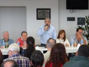 Velázquez planteó la necesidad de armar un frente electoral para vencer al Frente Renovador