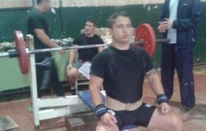 Powerlifting: el campeón misionero Patricio Rodríguez enfrenta a los más fuertes del país