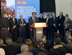 """Scioli alentó a """"emprender, producir y atraer inversiones, ese es el camino hacia la gran Argentina"""""""