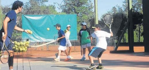 """Llega a Misiones el programa """"Federal de Tenis"""""""