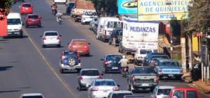Comerciantes de la avenida Uruguay piden obras de mejoramiento