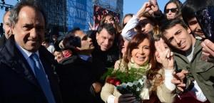 """""""La liberación de un pueblo y una patria no es tarea de uno solo, siempre es colectiva"""", afirmó la Presidenta en Rosario"""