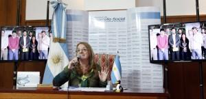 Por videoconferencia Alicia Kirchner inauguró un secadero en Campo Ramón