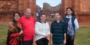 Por el Día del Escritor Misionero harán un abrazo simbólico frente a las Reducciones de San Ignacio