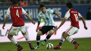 Paraguay empató sobre la hora y Argentina sufre: 2 a 2