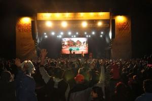 """El Polaco y la banda San Marino en una gran fiesta popular ante unas 15.000 personas en el """"Música x Todos"""" en San Pedro"""