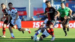Tigre y Newell's igualaron sin goles en un partido con pocas emociones