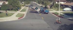 """Video: """"Ningún mensaje vale una vida"""": dura campaña sobre el uso del celular al manejar"""