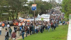Unas 3000 personas acompañaron la caminata de José María Arrúa en Villa Cabello