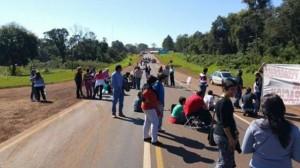 Jardín América: dos policías fueron agredidos durante la manifestación del MPL en la ruta 12