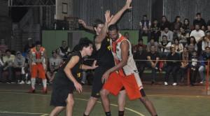 Cataratas-Tirica: En Iguazú se define esta noche el campeón de básquet de la provincia