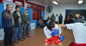 Deporte e inclusión: Passalacqua visitó a jóvenes del barrio A4