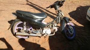 Motociclista fue detenido tras intentar evadir un control policial