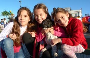 Divertido y multitudinario desfile de mascotas en la Costanera de Posadas