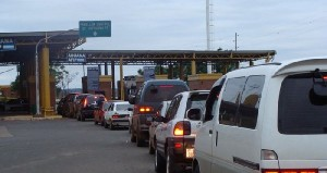 Aduaneros harán paro en el puente San Roque González justo en los días en que Francisco visitará el Paraguay