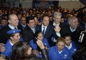 Scioli encabezó el egreso de Policía Local en la localidad Presidente Perón, de Buenos Aires