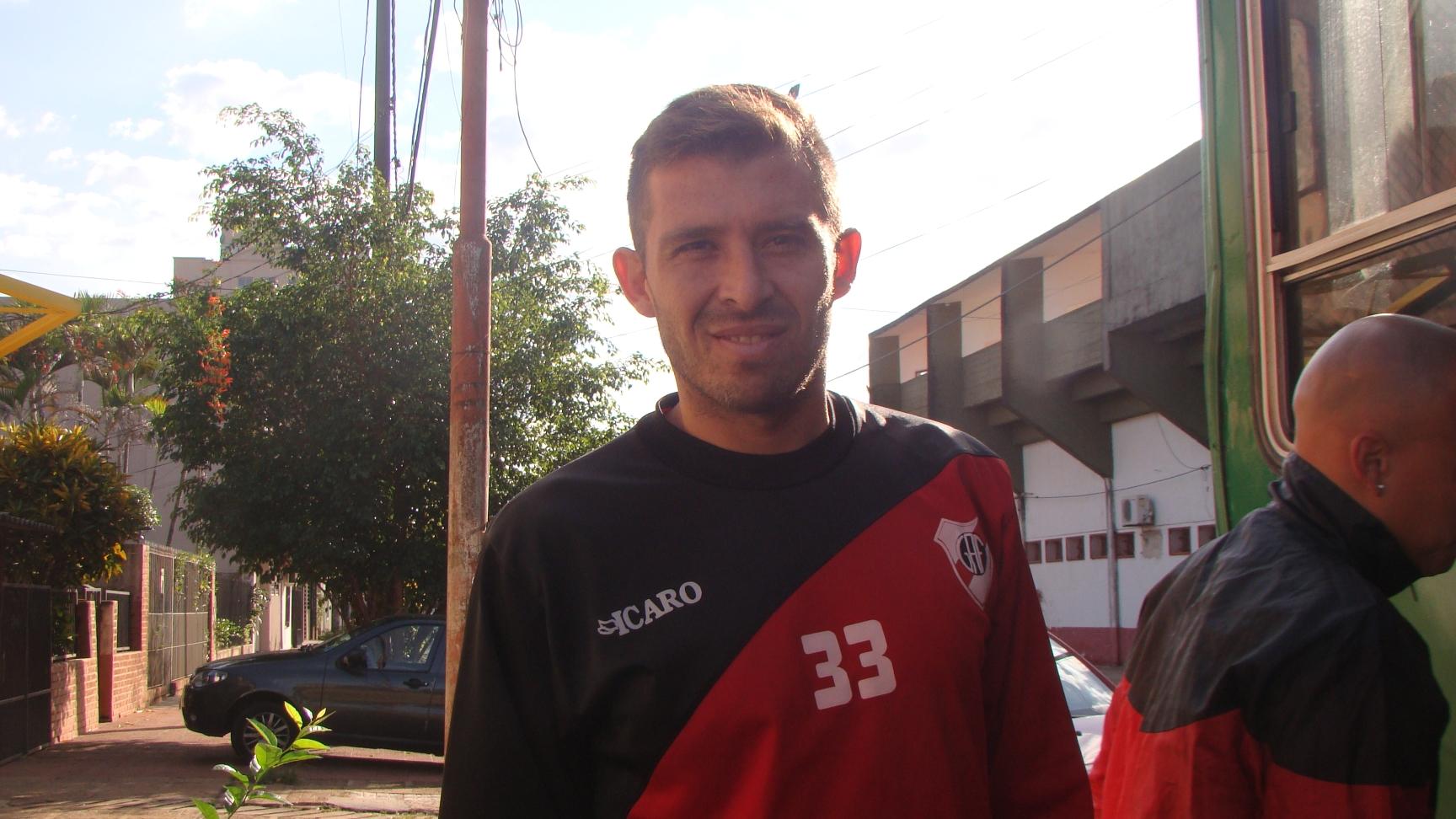 """Guaraní: No llega el pase del """"Chino"""" Benítez, pero Barinaga estará a disposición"""