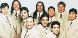 El guitarrista de La Nueva Luna en Clínica 13: nacido en el folklore y criado por la cumbia