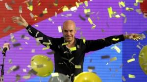 """Larreta celebró su triunfo y felicitó a Lousteau """"por la excelente elección que hizo"""""""