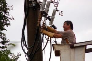 Tras el temporal San Pedro continúa sin suministro de energía eléctrica
