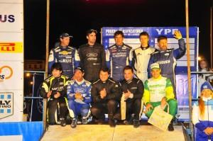 """Galería: la gente, el carisma de Nalbandián, las promotoras friolentas, los """"fierros"""" y todo el show del Rally en la Costanera"""
