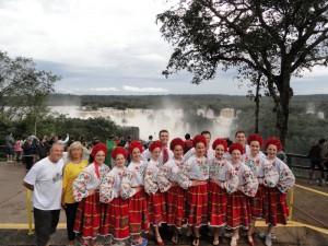 Tributo a Ucrania con Danzas, canciones y violines