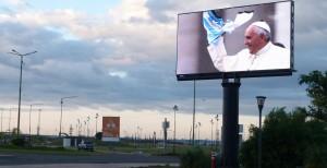 Las Misas de Francisco en Paraguay se emitirán en pantalla gigante en el cuarto tramo de la Costanera