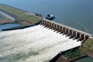 Yacyretá emitió un alerta por las crecidas en el río Paraná
