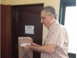 Passalacqua votó en Oberá e instó a los electores a votar para marcar el futuro