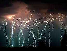Alertan por tormentas fuertes y posibilidad de tornados en las próximas semanas en Misiones