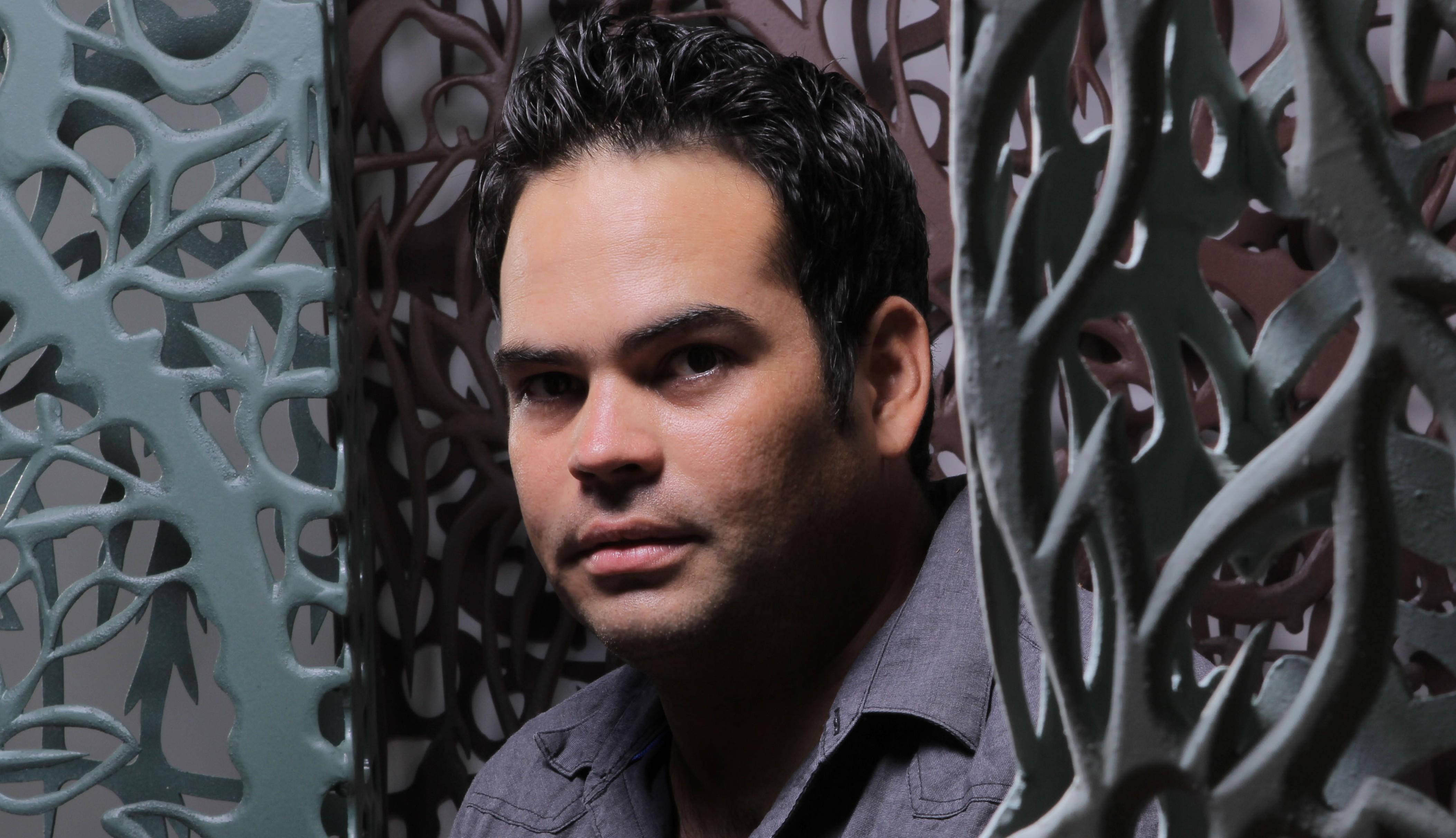 El artista apostoleño Andrés Paredes expone sus obras en Arte Espacio en Buenos Aires