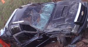 Despiste de una camioneta dejó dos heridos en Concepción de la Sierra
